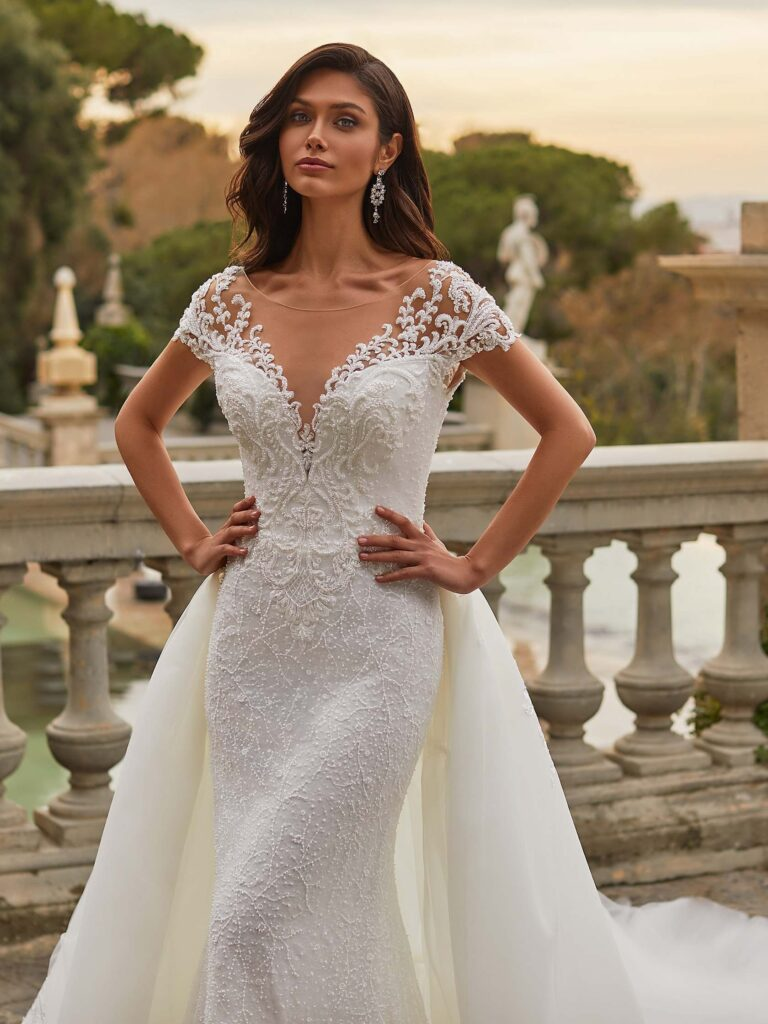 JANET – PRONOVIAS PRIVE