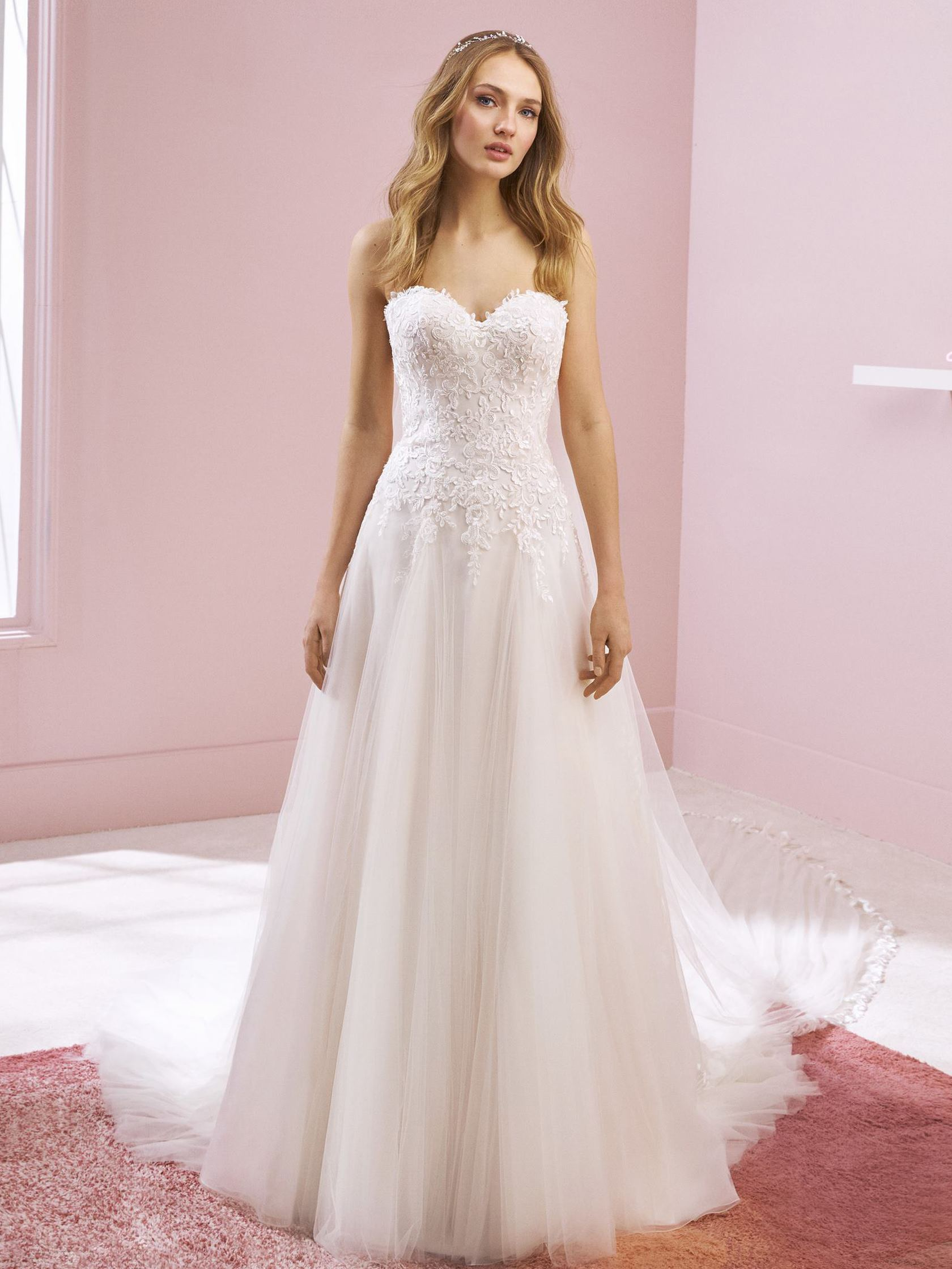 Vestiti Da Sposa White One.Abito Sposa White One Kelsey White One 2020 Temptation S Gallery