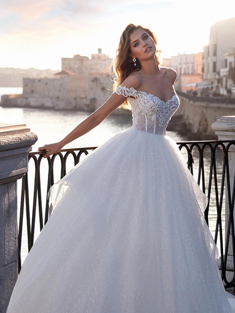 NC12131 From Italy to NICOLE COUTURE
